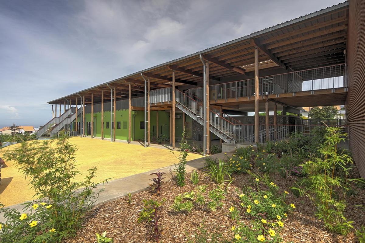 école à Bois d'olive, Saint-Pierre, archi Perrau/Raynaud